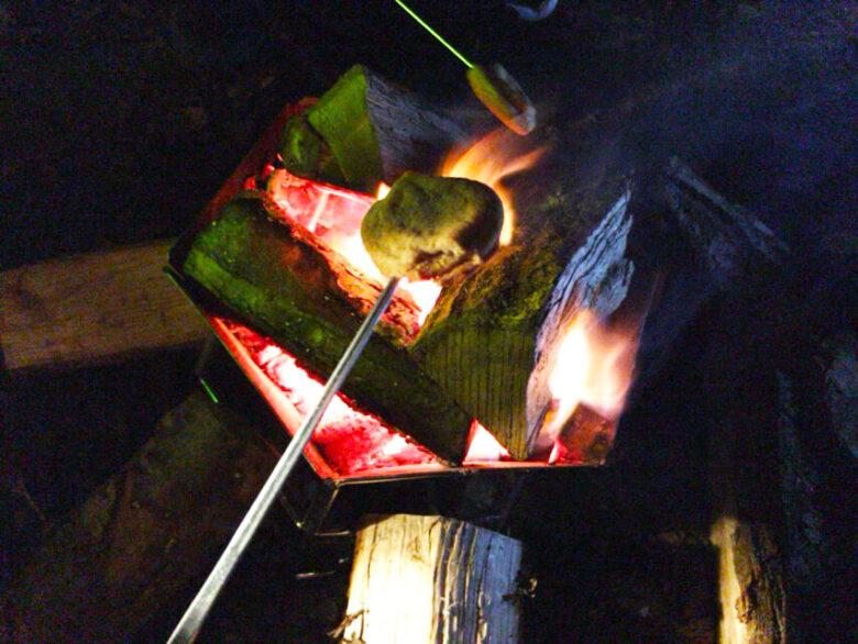 キャンプ 焚き火 冬
